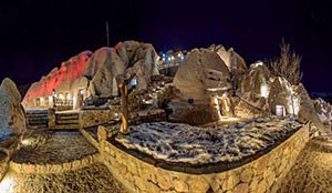 Kandovan Laleh International Rocky Hotel