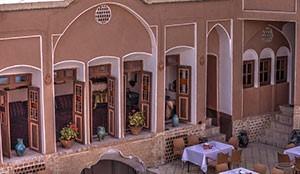 هتل سنتی نگین