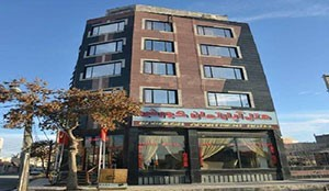 Koroush Apartment Hotel