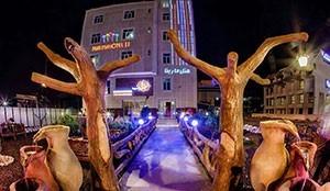 Marina Two Hotel