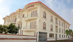 Neyestan Apartment Hotel