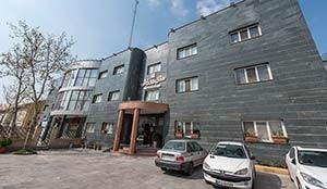 Varzesh Hotel