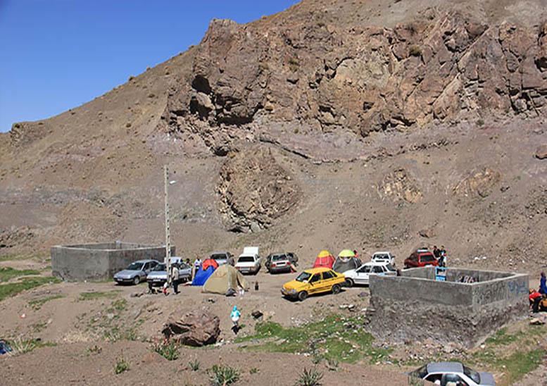 چشمه آب گرم گور کرمان