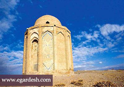 بنای تاریخی امامزاده هود رزن