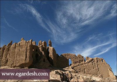 قلعه دختر تاکستان