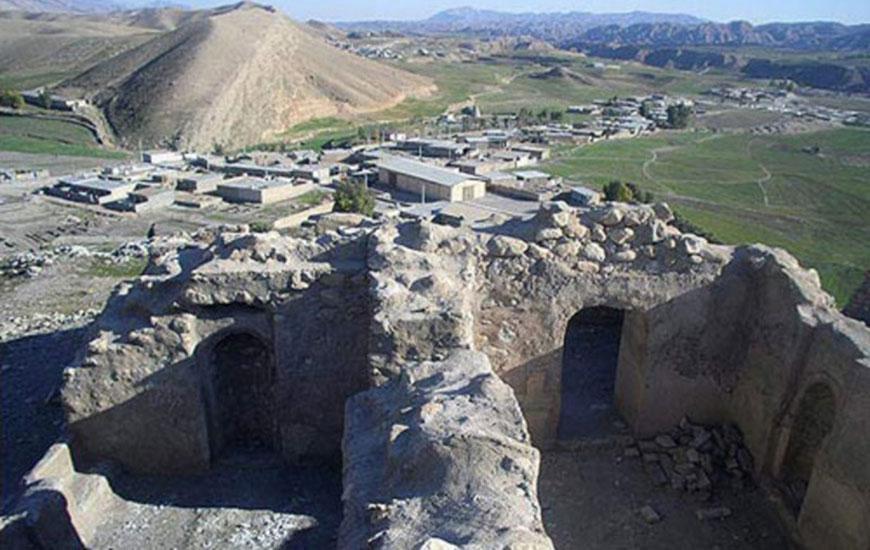 قلعه سر قلآ خرم آباد