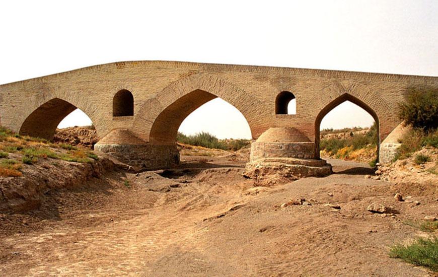پل شاه عباسی قزوين