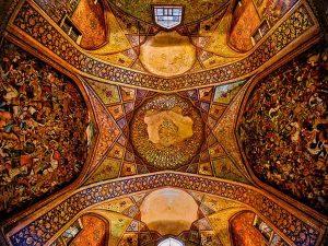 کاخ گردی در ایران