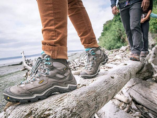 کفش راحتی برای سفر
