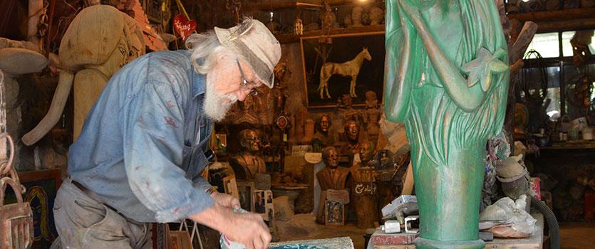 غار موزه وزیری در شمال تهران