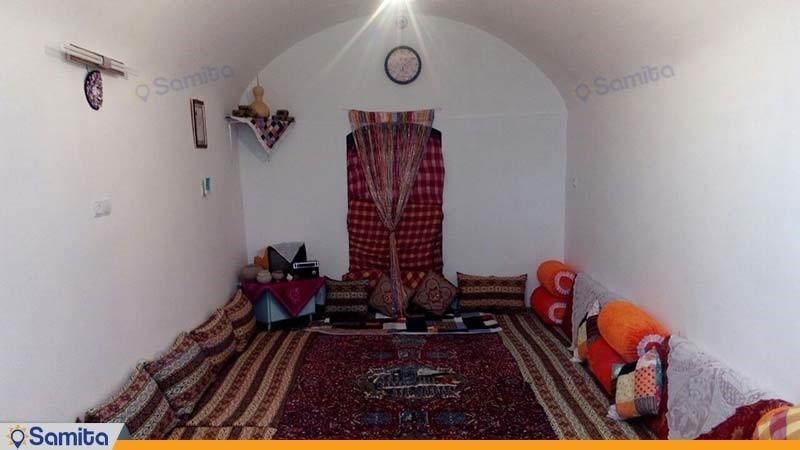 اتاق اقامتگاه بومگردی ریواس