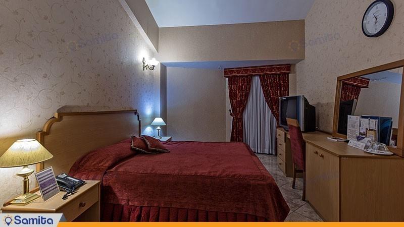 اتاق دوتخته جونیور هتل بین المللی هرمز