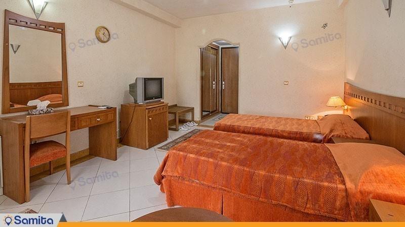 اتاق سه تخته هتل ساحلی مروارید صدرا