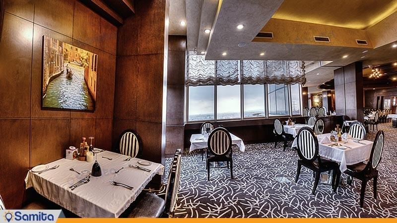رستوران ایتالیایی هتل بزگ