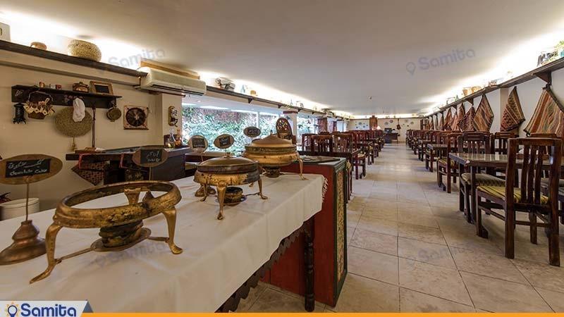 کافی شاپ و سالن صبحانه خوری هتل چهل پنجره