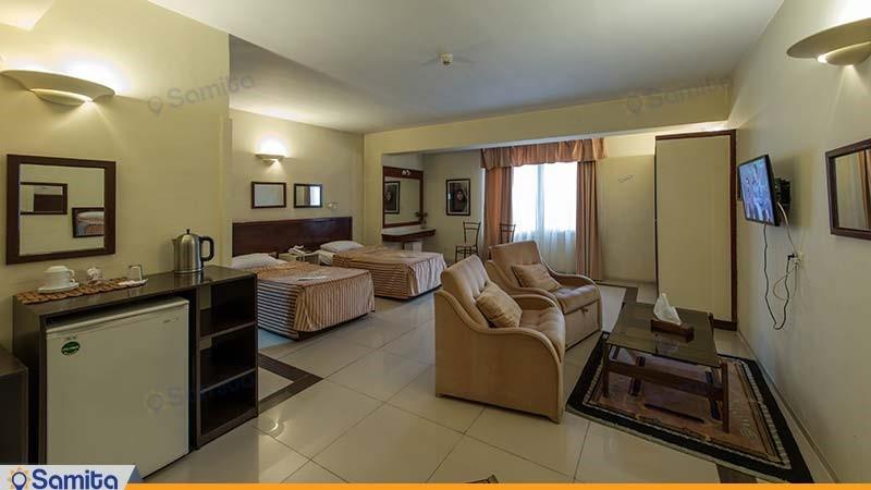 اتاق دو تخته بزرگ هتل چهل پنجره
