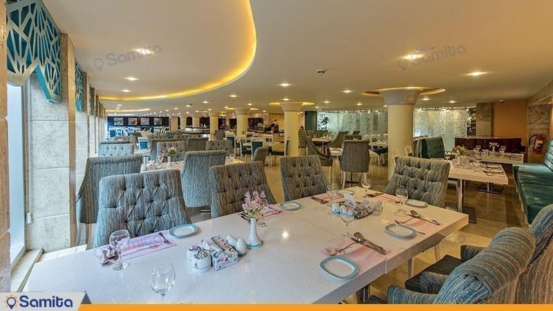 رستوران پارسه سیمین هتل پارسیان کوثر اصفهان