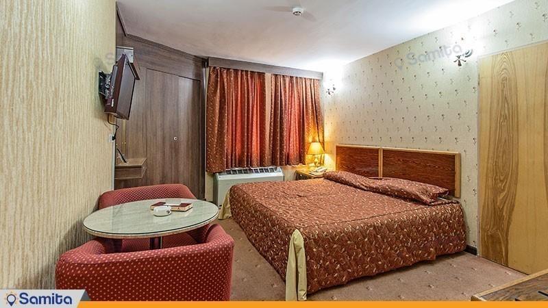 سوئیت سه تخته هتل پارسیان سوئیت