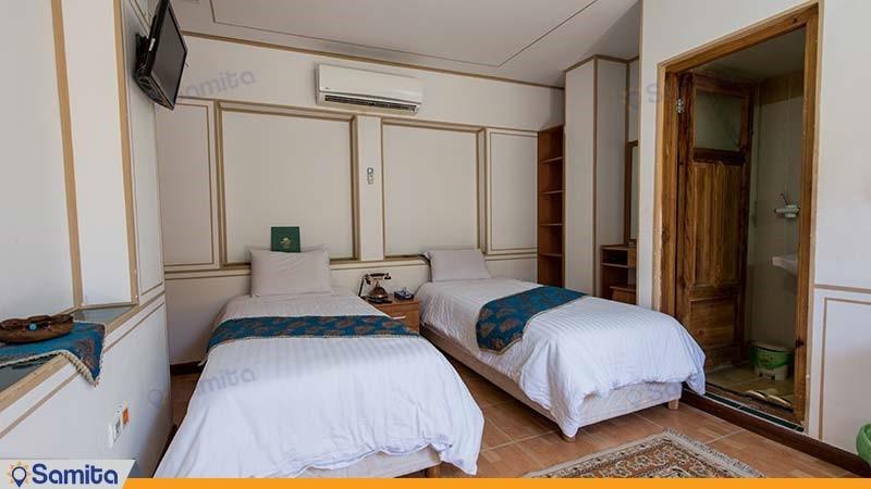 اتاق دو تخته هتل سنتی طلوع خورشید