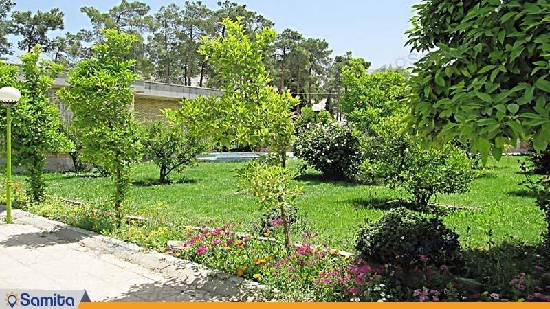 فضای سبز مهمانسرای جهانگردی فیروزآباد