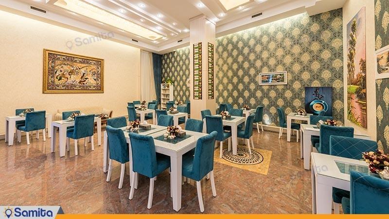 کافی شاپ هتل استقلال