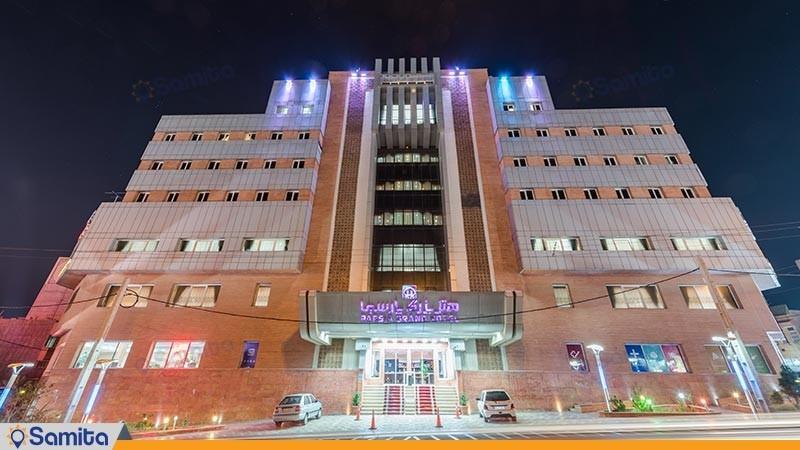 نمای ساختمان هتل بزرگ پارسیا