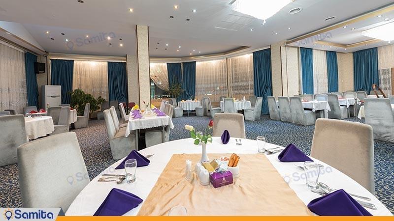 رستوران هتل بزرگ پارسیا