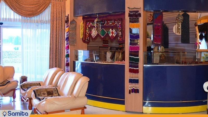 غرفه صنایع دستی هتل آذین
