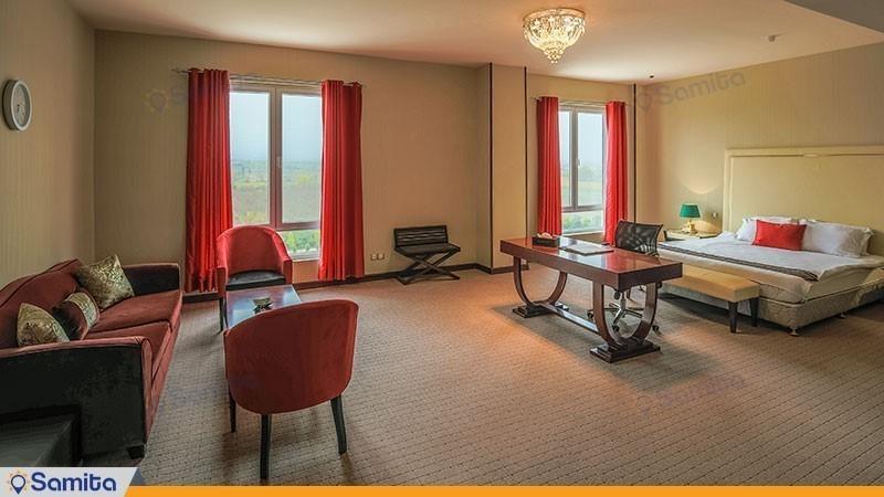 سوئیت رویال هتل قصر بوتانیک