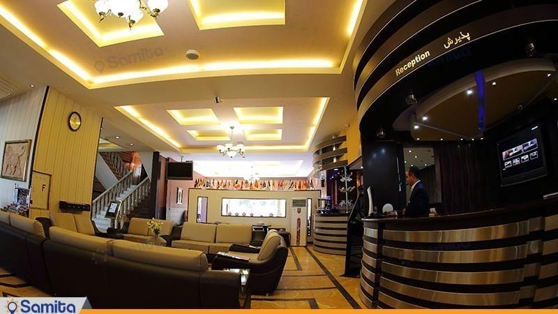 پذیرش هتل پارسیان آزادی همدان