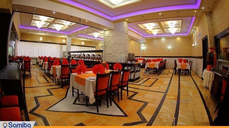 رستوران هتل پارسیان آزادی همدان