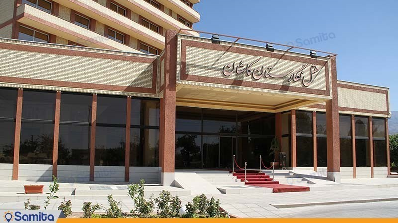 ورودی هتل نگارستان