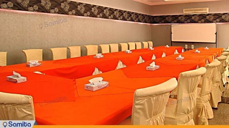 اتاق جلسات هتل جهانگردی کرمان