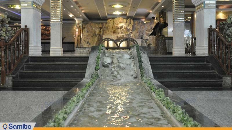 ورودی هتل جمشید کرمانشاه