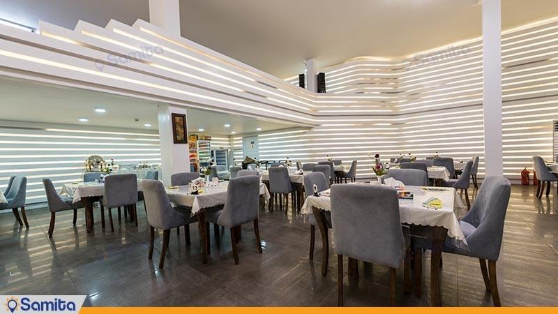 رستوران هتل آزادی