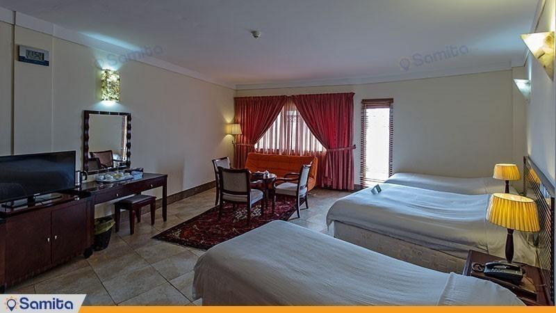 اتاق سه تخته هتل فلامینگو