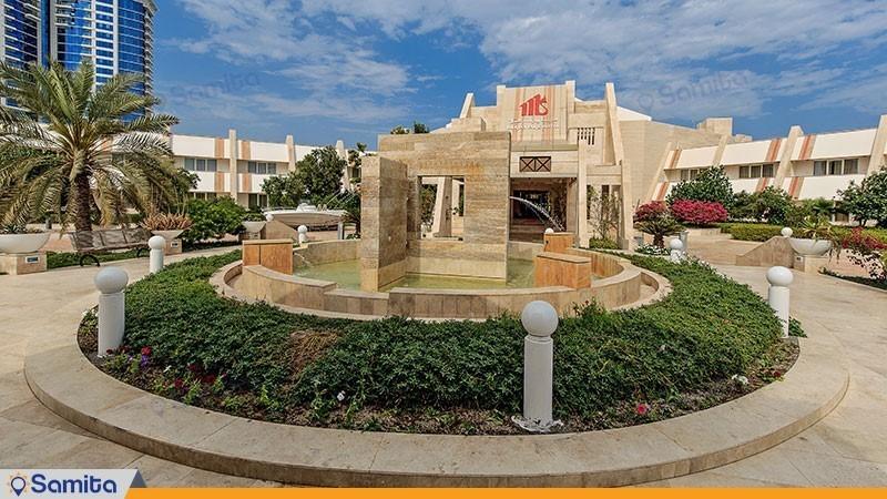 نمای ساختمان هتل مارینا پارک