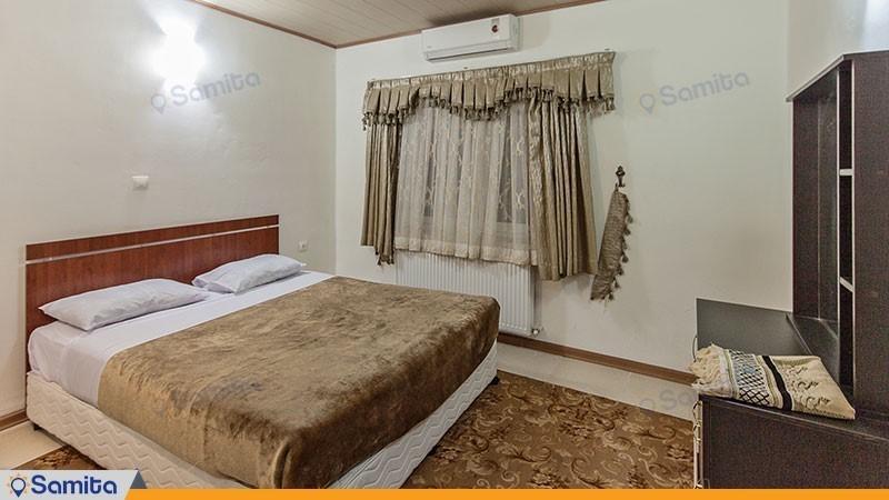 سوئیت دو خوابه هتل جهانگردی لاهیجان