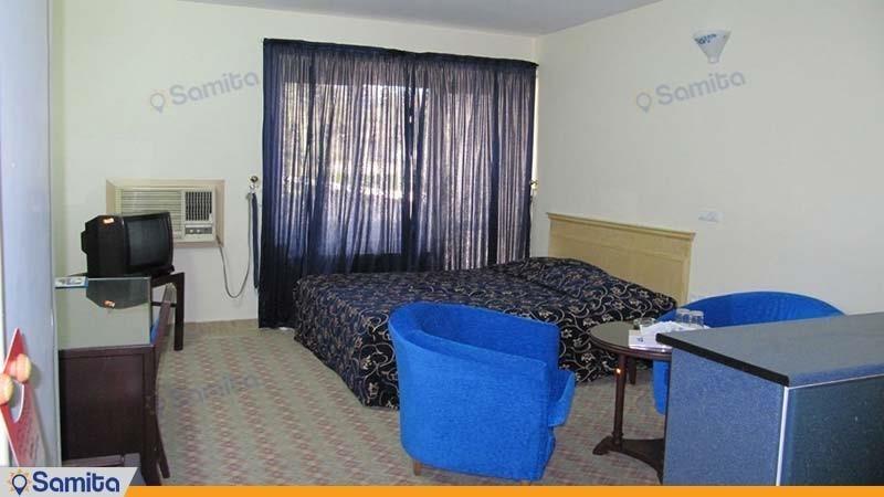 سوئیت هتل جهانگردی لار
