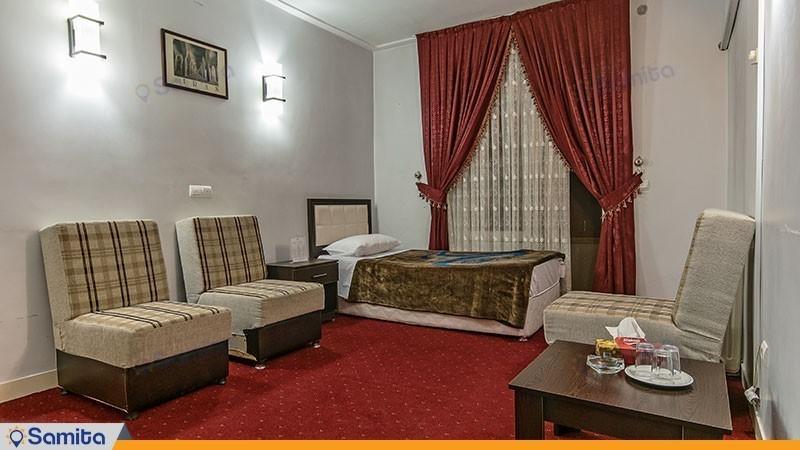 اتاق یک تخته هتل جهانگردی ماکو