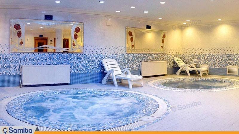 جکوزی هتل آبان