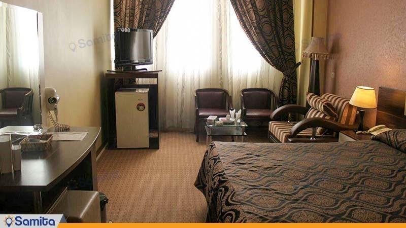 اتاق دبل هتل بزرگ فردوسی