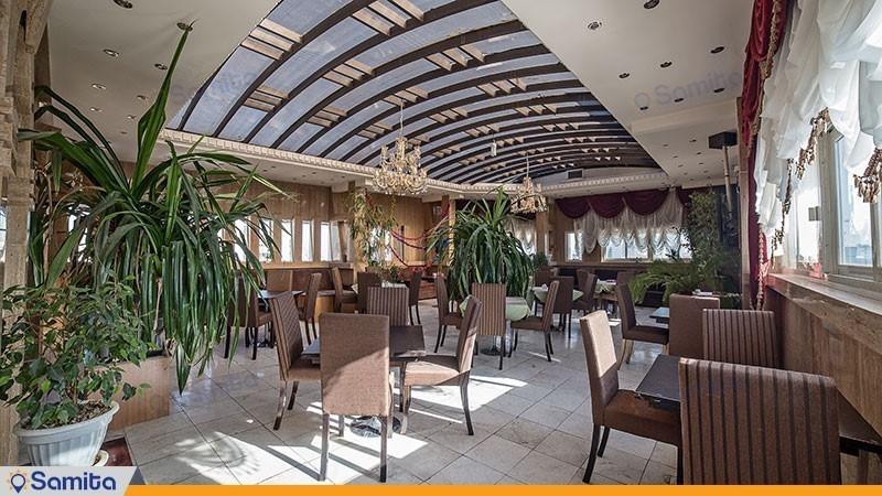 رستوران هتل هفت آسمان