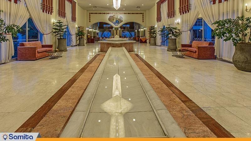 لابی هتل هما دو