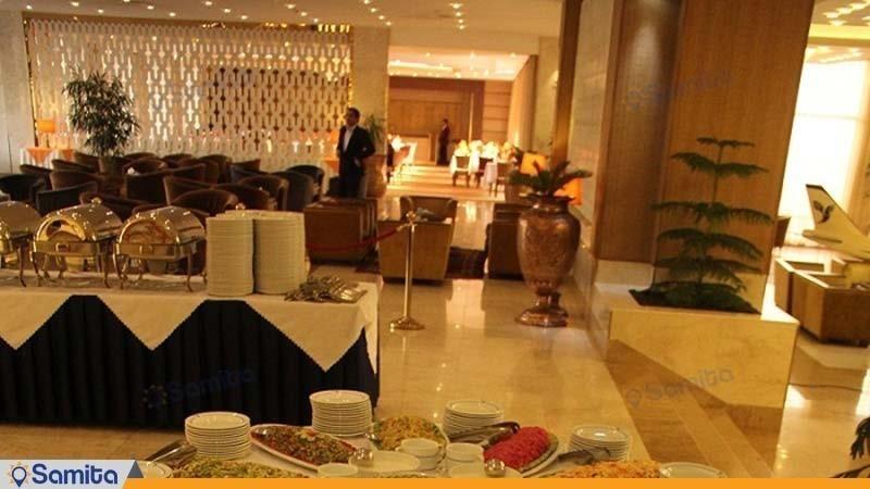 رستوران هتل هما یک