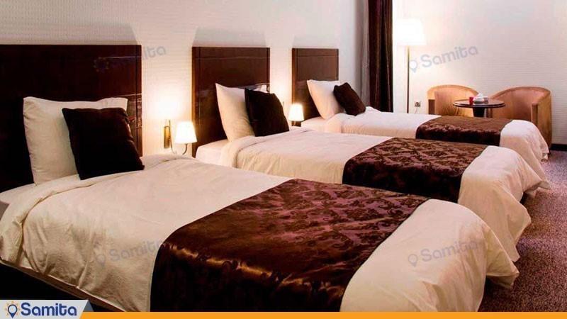 اتاق سه تخته هتل جواهر شرق