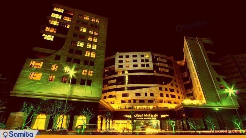 نمای ساختمان هتل بین المللی کوثر ناب