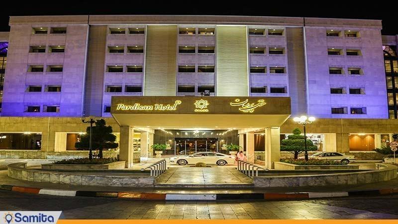 نمای ساختمان هتل پردیسان