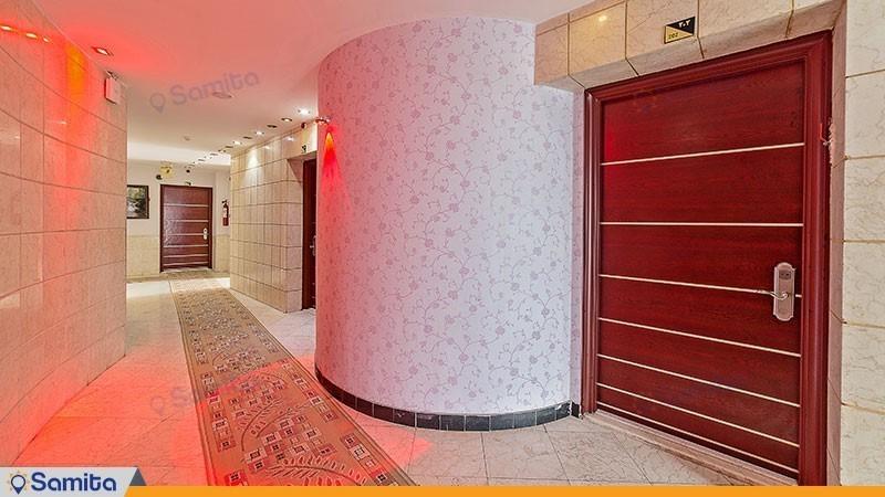 راهرو هتل آپارتمان قصر آیدین