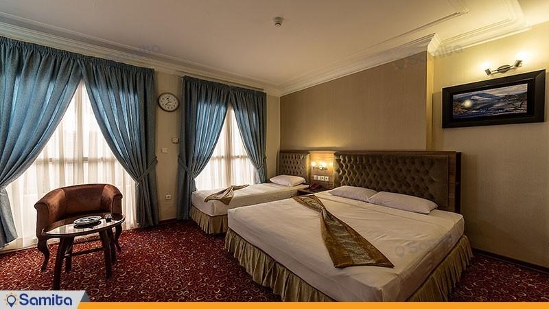 اتاق سه تخته هتل صادقیه مشهد
